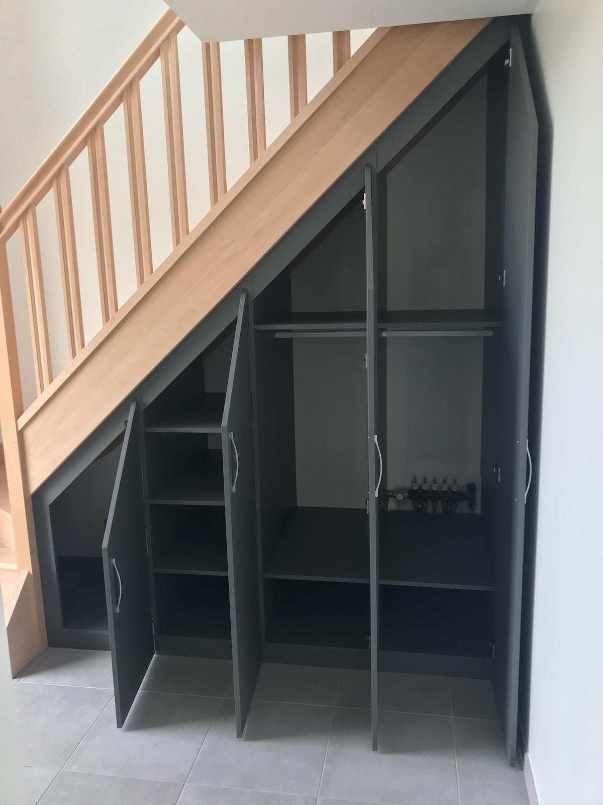 Rangement Sous Escalier A Montmain 76520 Cuisine Home Concept