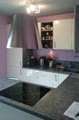 Travaux de revêtement de sol - peinture - électricité - Plomberie - pose de meubles et d'électroménagers - Cuisine Home Concept