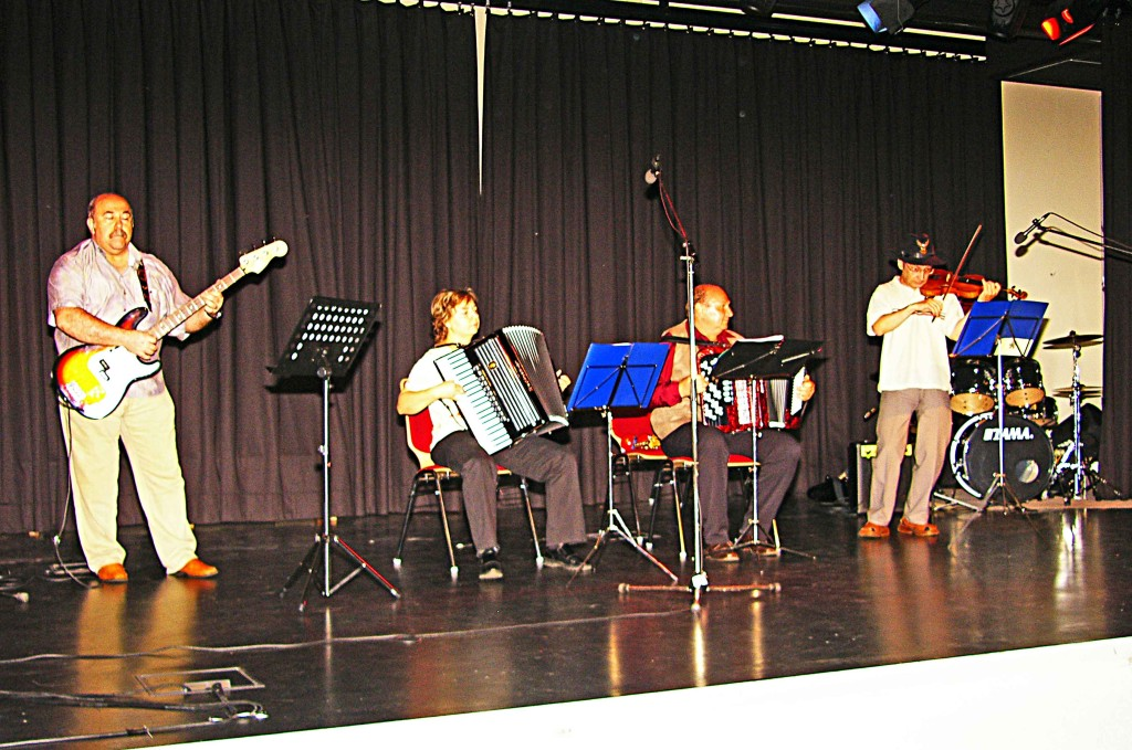 "Ensemble ""Karusell"""