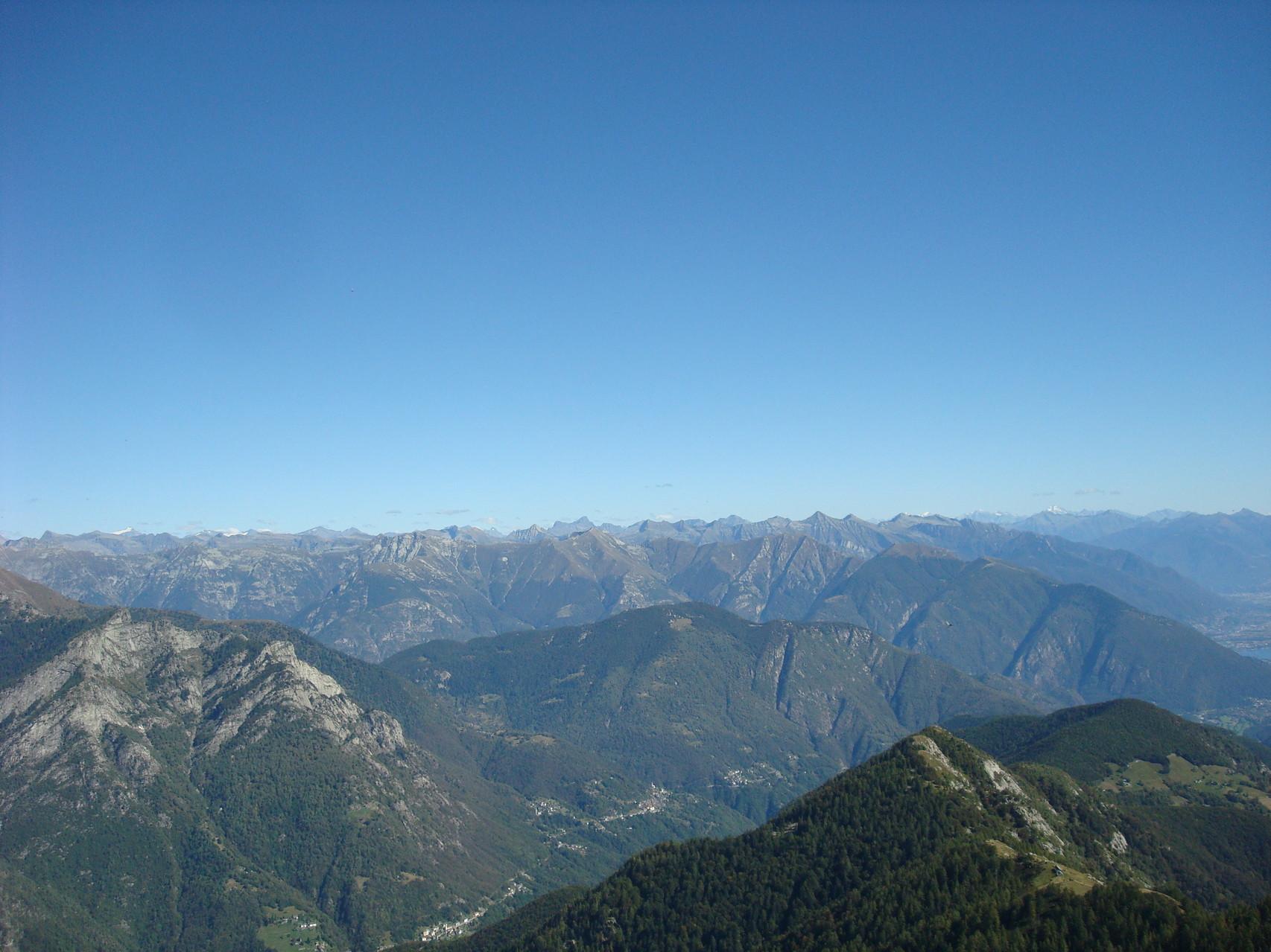 Panoramaaussicht vom Pizzo Ruscada aus