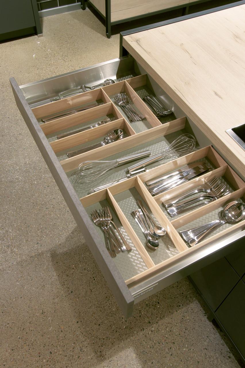 Schublade mit Unterteilung