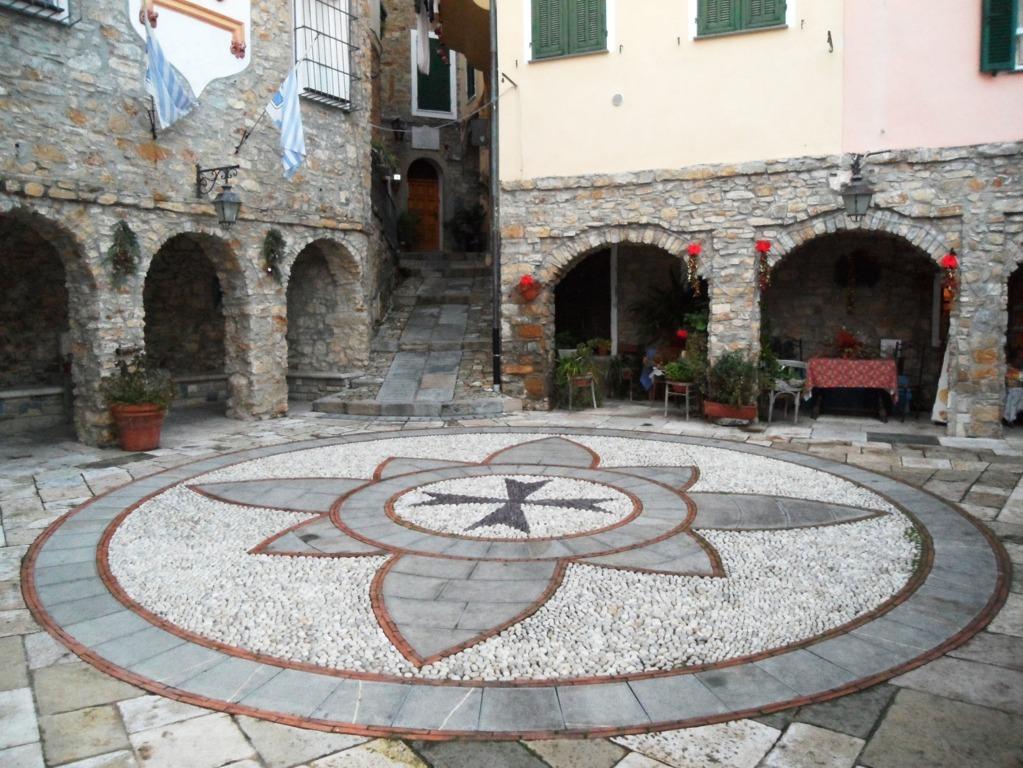 Piazza San Martino - San Martino Place