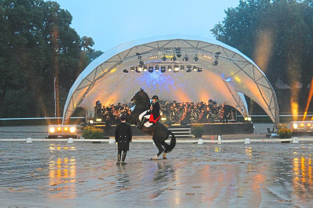 Bühne mieten, Konzertmuschel mieten, Open Air Bühne