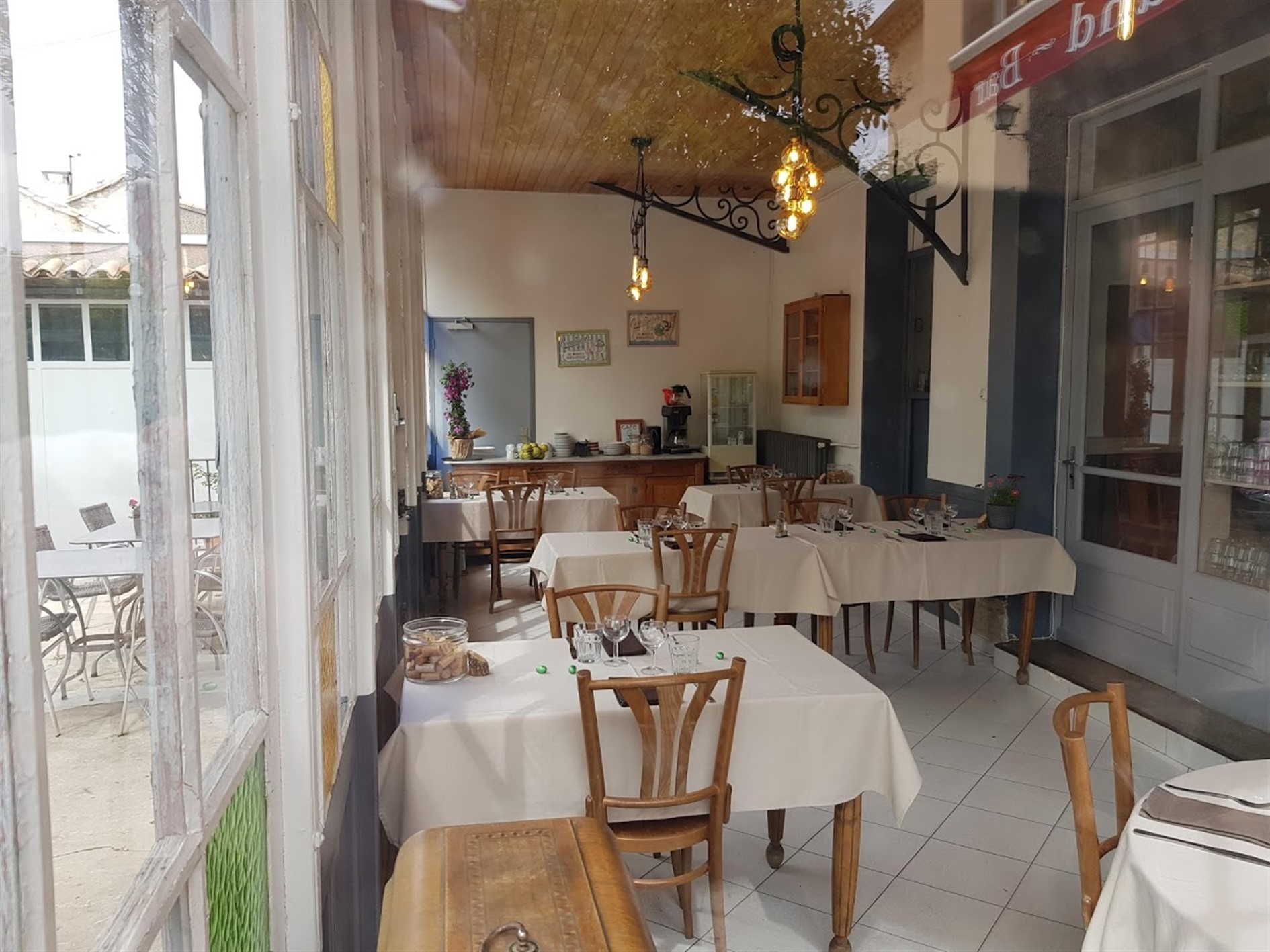 Hôtel pension restaurant le Guintrand au pied du mont Ventoux Bedoin Vaucluse