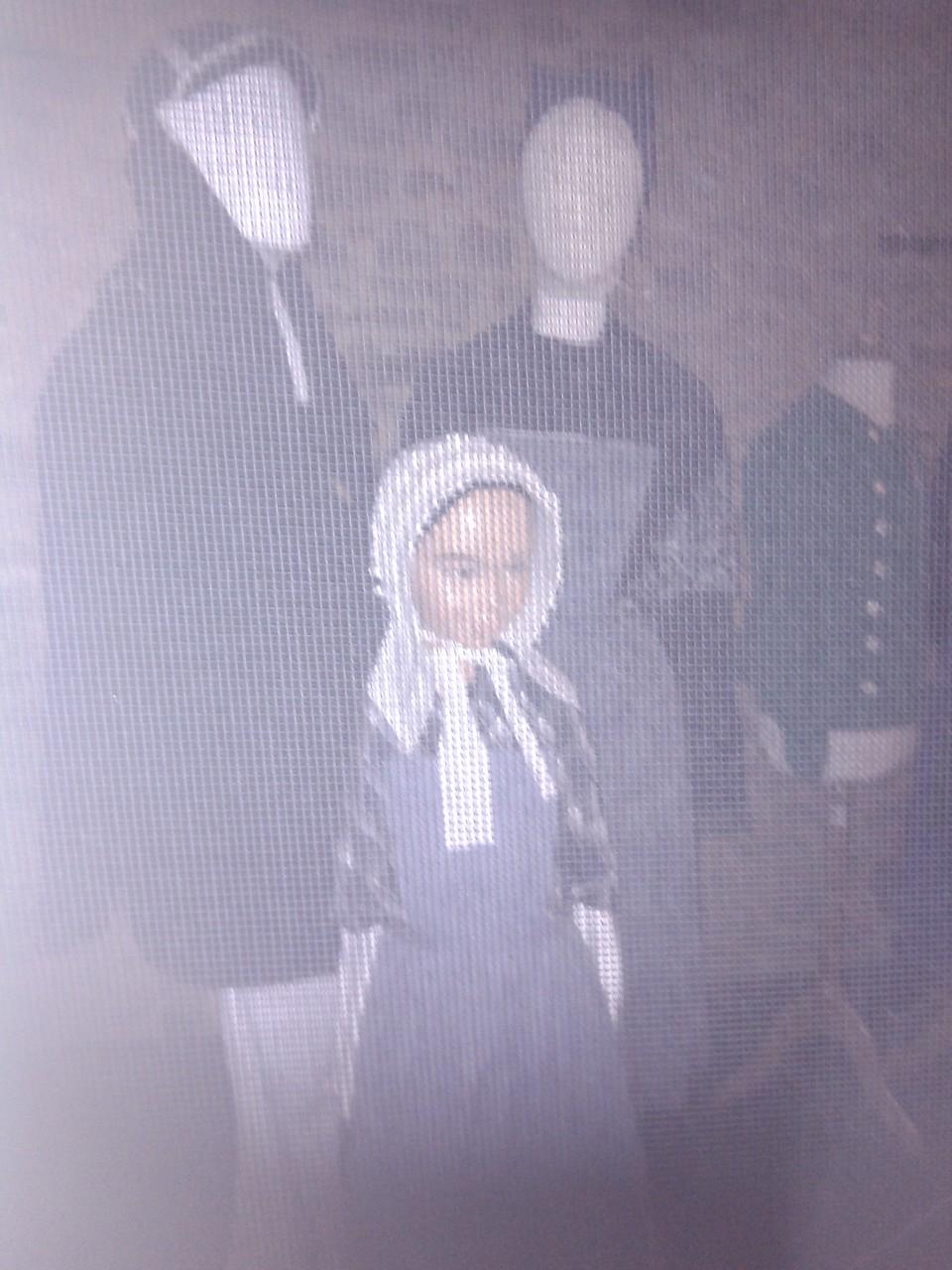 Dans une des maisons dédiée au visionnage d'un film sur la Bretagne, il y avait aussi nos costumes du Pays Pagan