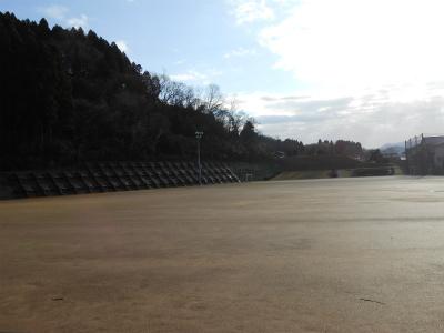練習開始時は晴れていたけど朝は雨…