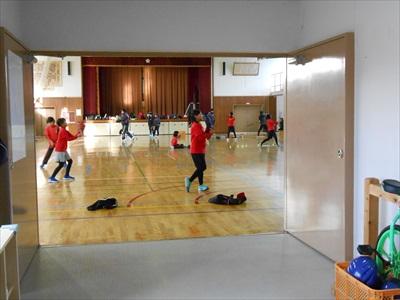 体育館での練習の様子0209