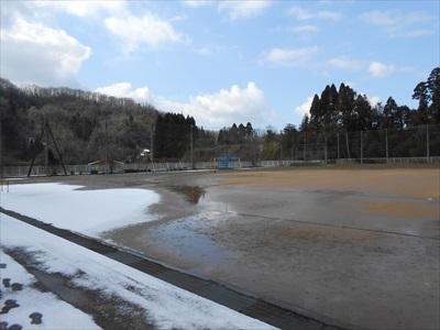 200211お昼には雪がとけました。