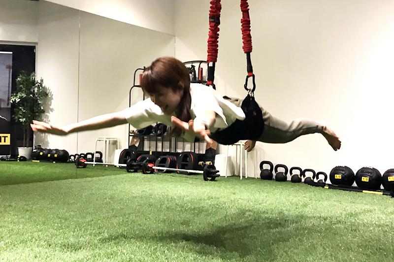 バンジーフィットネス導入大阪のパーソナルトレーニングジムフィールド大阪