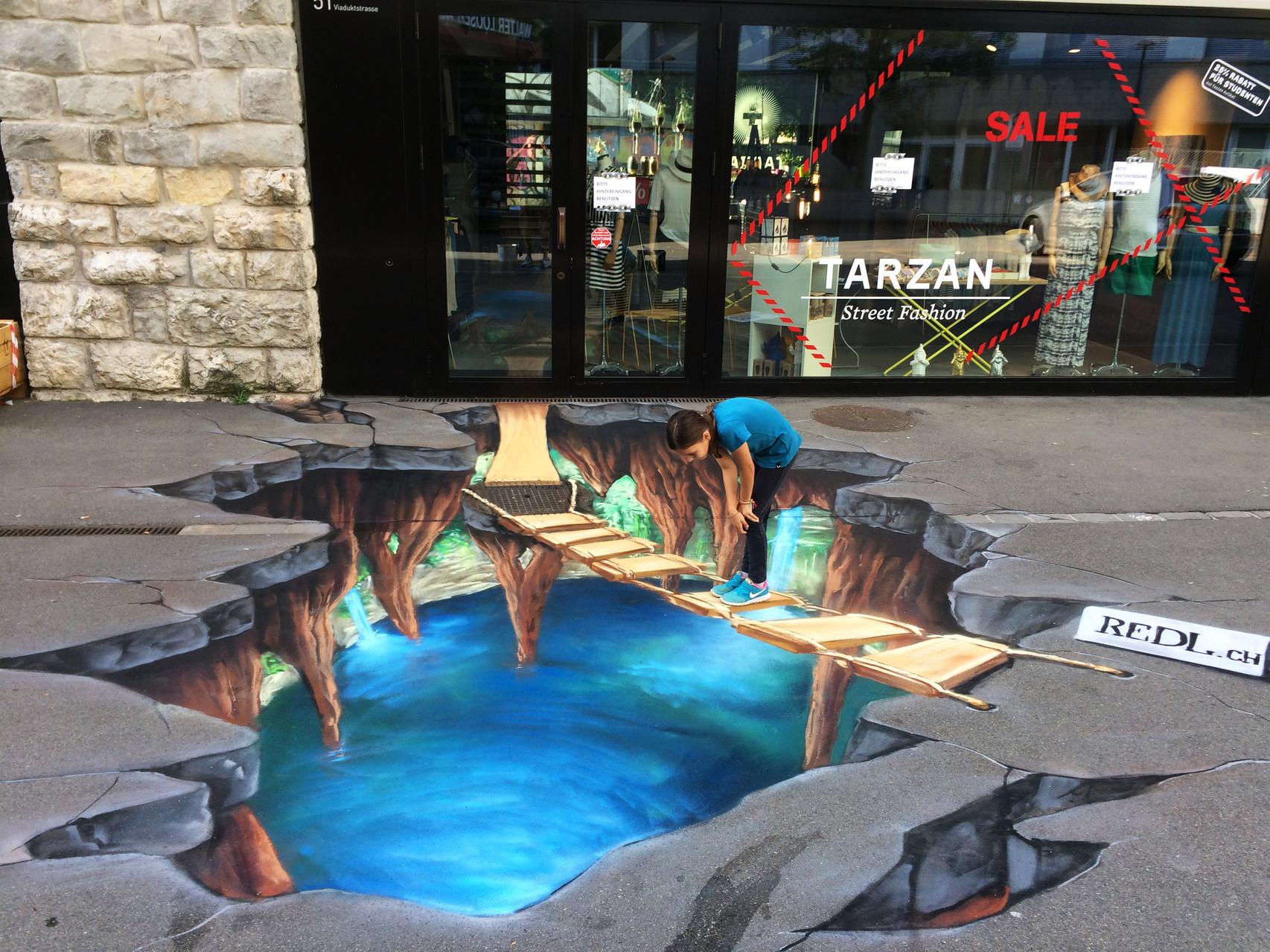 3-D Floorpainting:  Für Tarzan Shop Zürich.