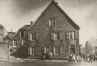 Remscheider Ortsschule um 1895