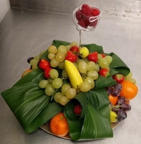 Corbeille de fruits à picorer pour 20 personnes