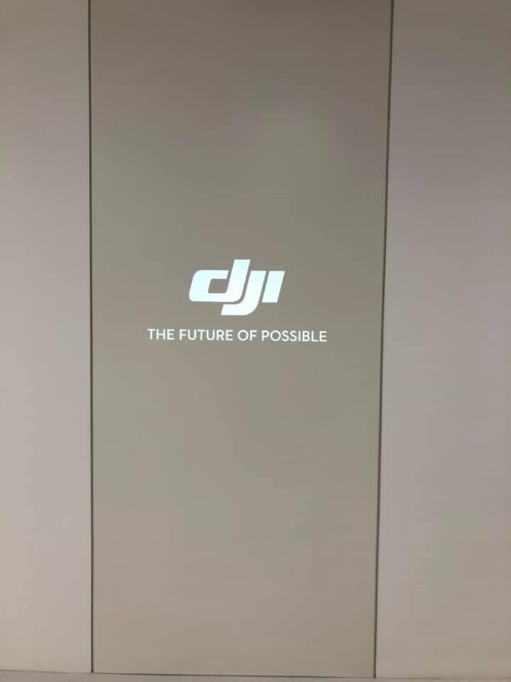 遊びにきました!DJI JAPAN 様々な機種の展示があります