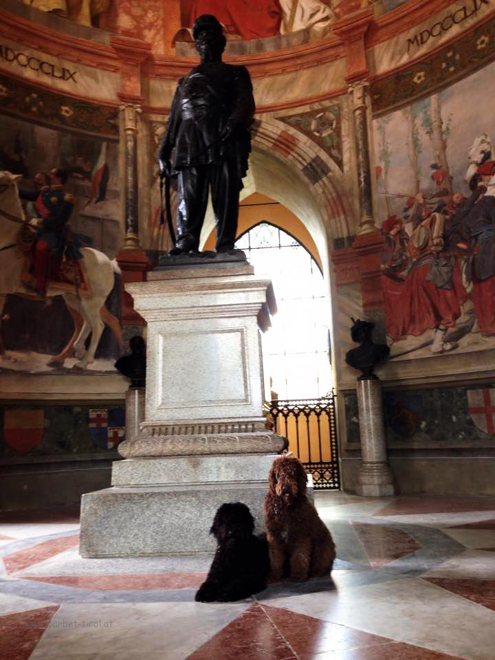 Geschichtliches beim Museumsbesuch im Turm von San Martino della Battaglia