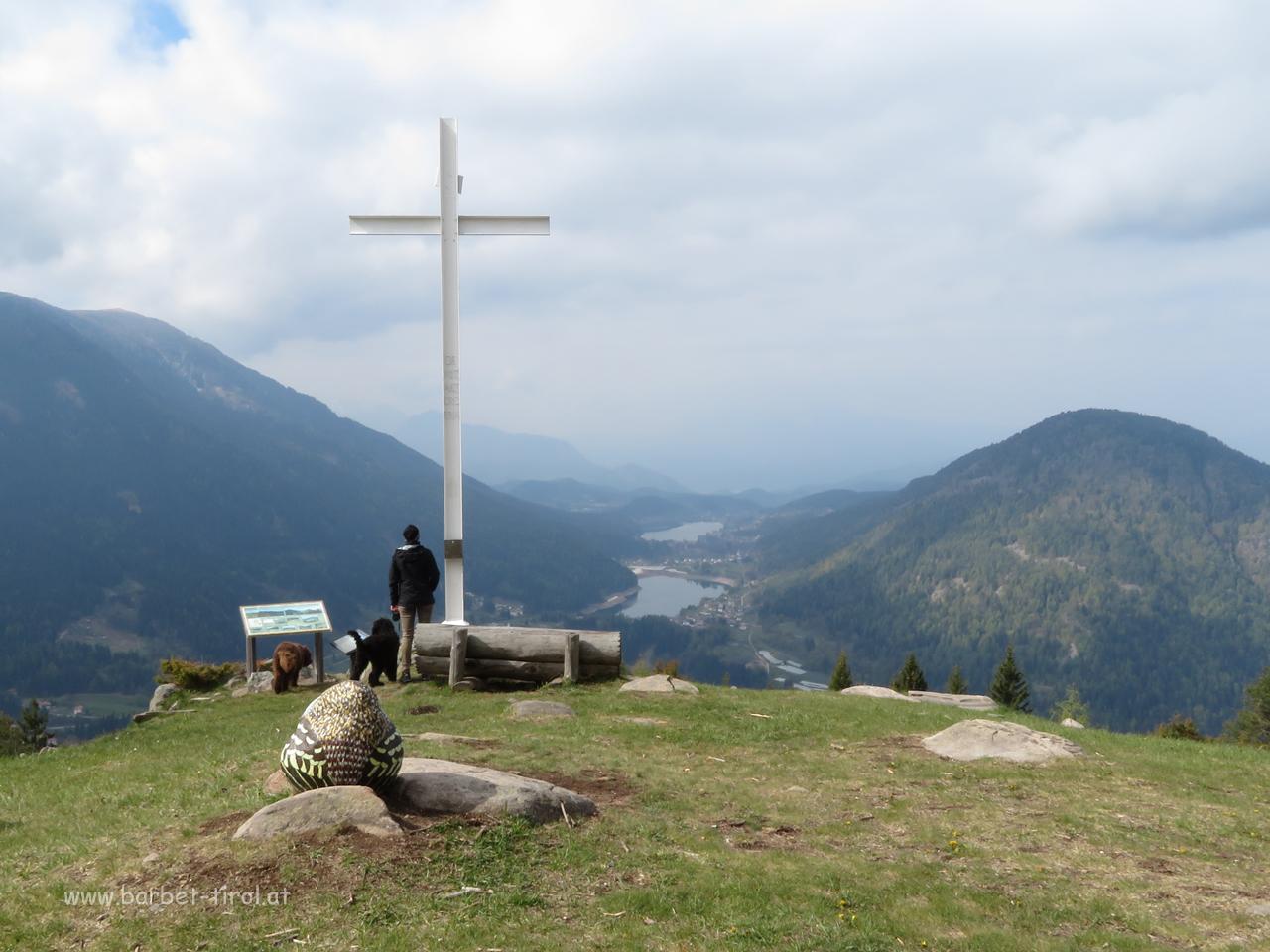 """Ein """"kleiner Gipfel"""" geht auch mit jungen Hunden  hier am Piz dele Agole"""