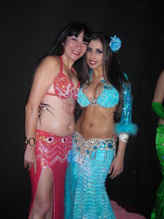 Junto a Sabrina Colman  Un sol de persona!!!!,en  el Festival de Bellydancelatino
