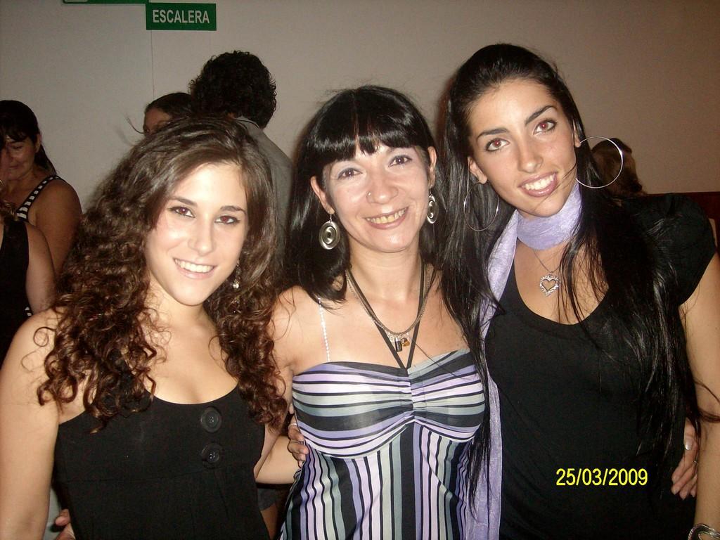 Junto a las maravillosas Bailarinas Florencia Kirlis y Alhiya