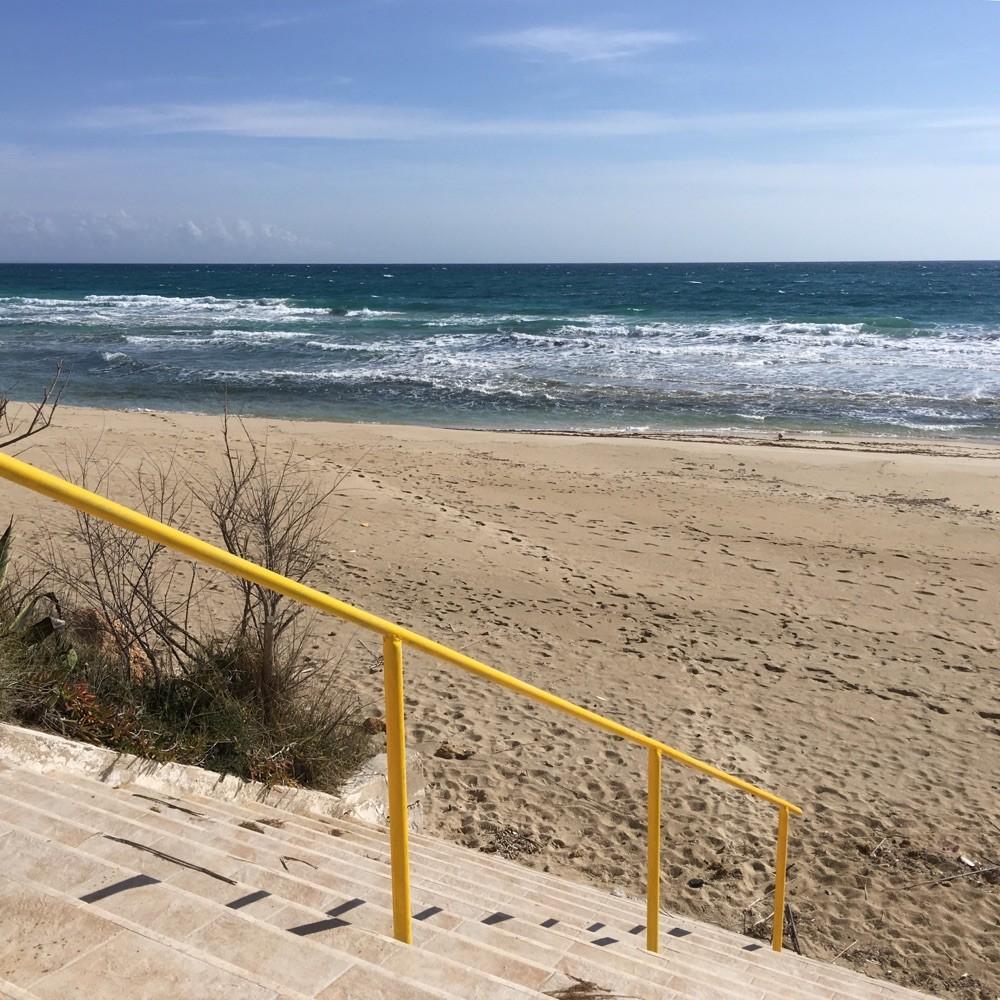 Februar 2016: Gereinigter Strand...