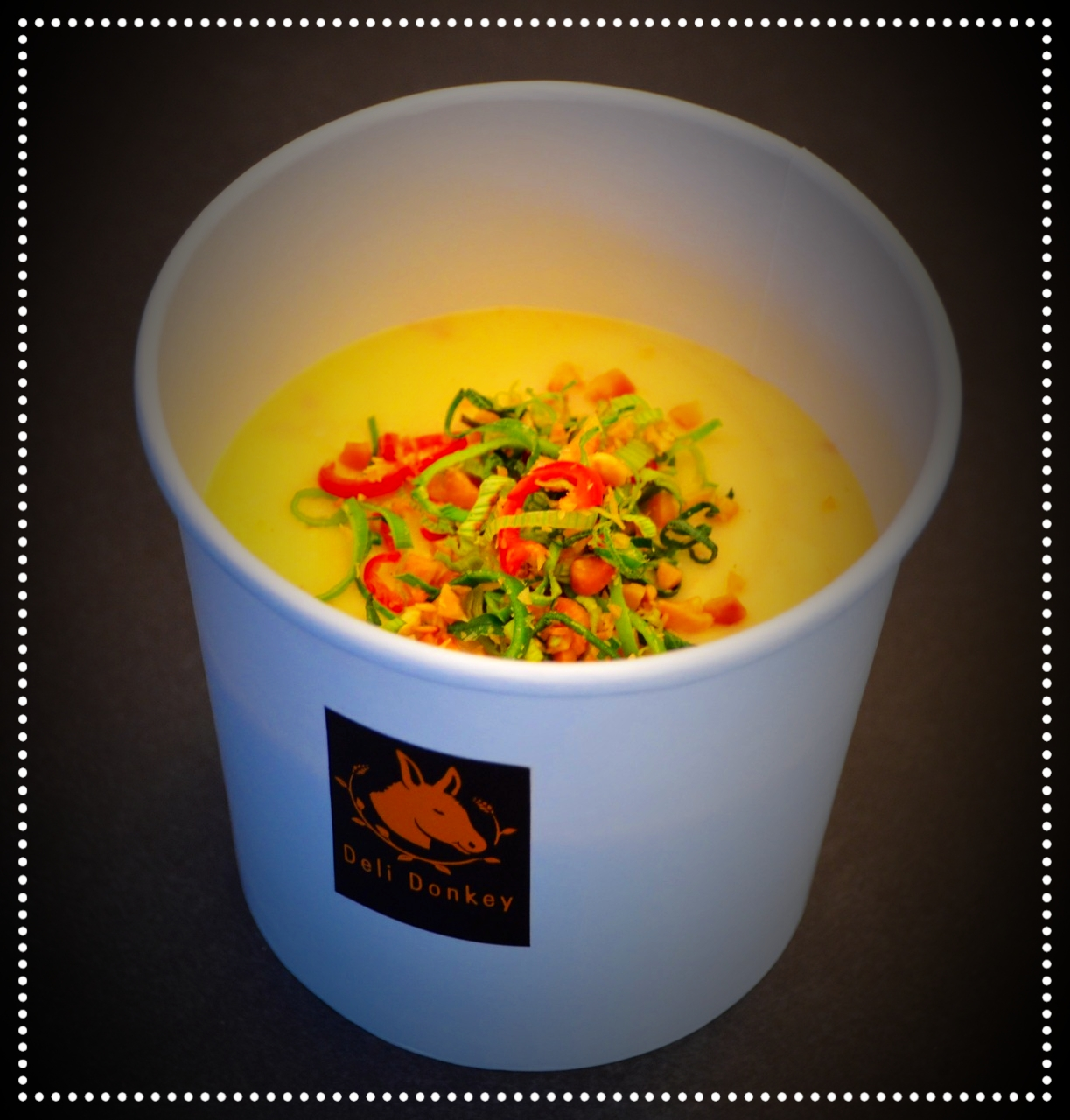 Hot George - Kartoffel-Erdnuss Suppe mit Chili