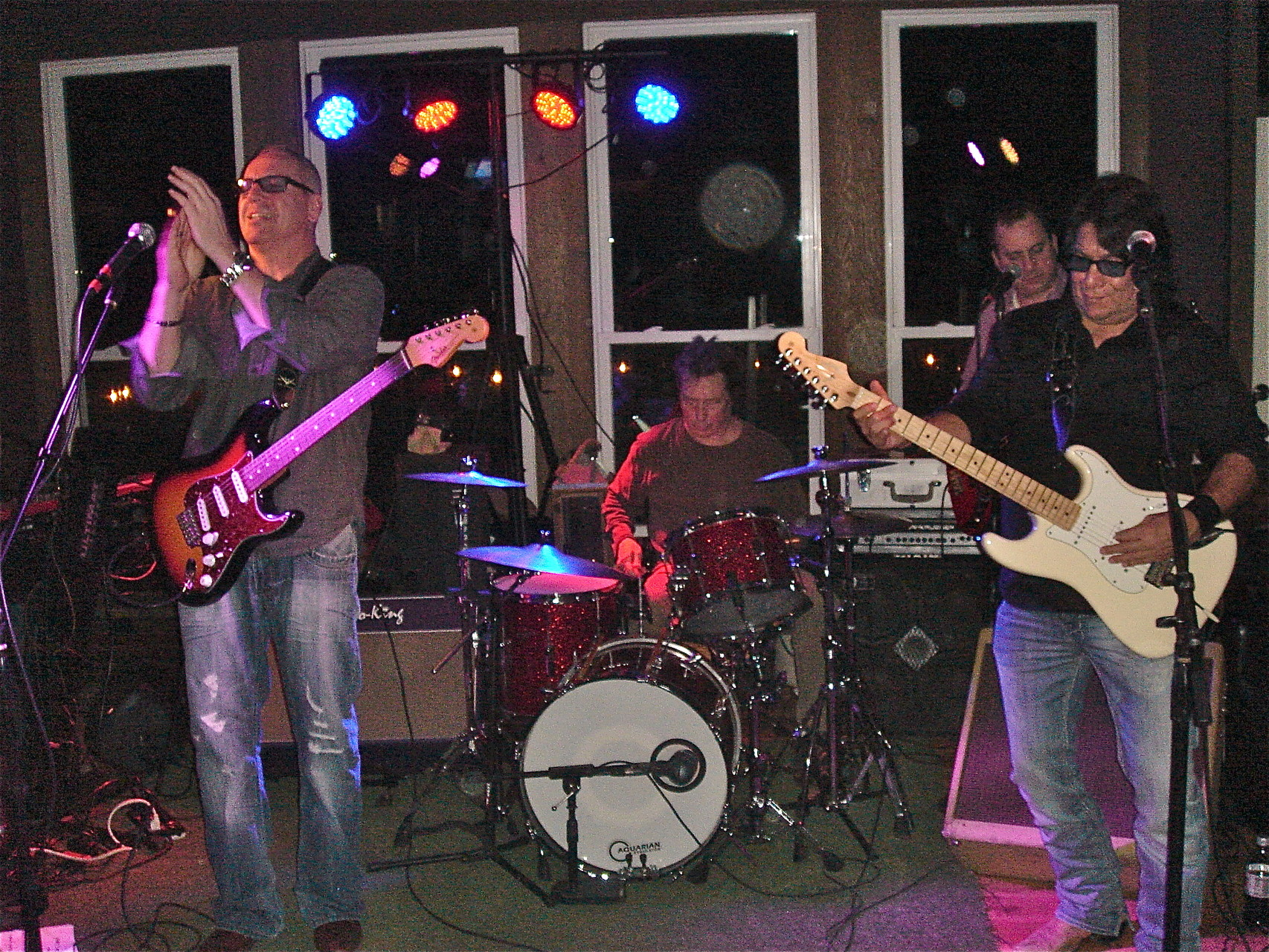 the Ripcords rock New Years Eve