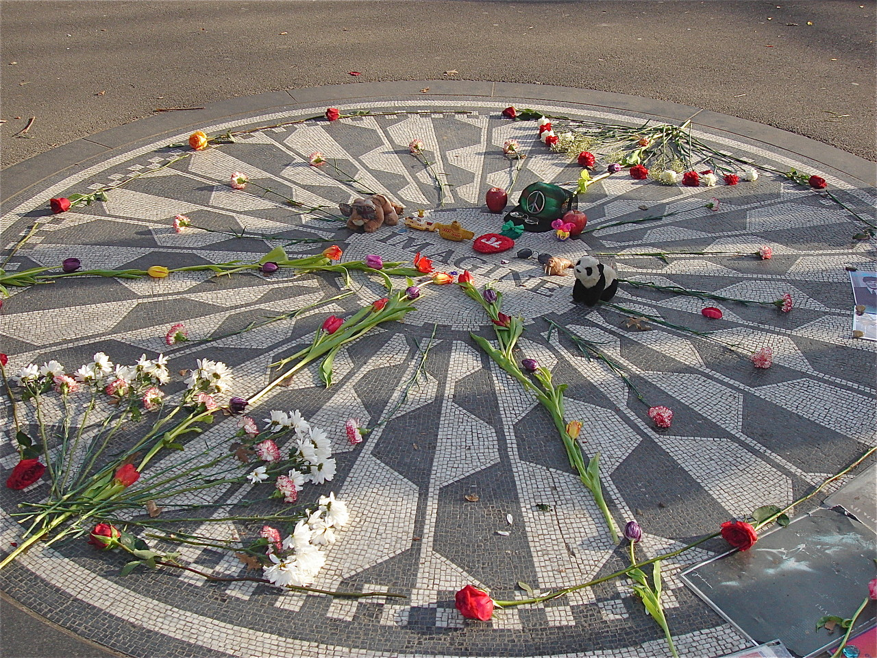Imagine mosaic in honor of John Lennon