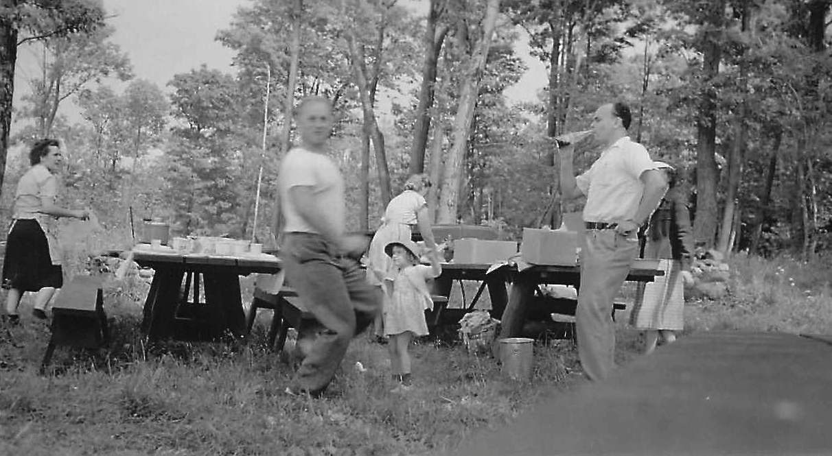 Picnic time... Eleanor, Stanley, Susan (little girl), ?, Al drinking soda, Mayme hidden behind Al  ~1948?