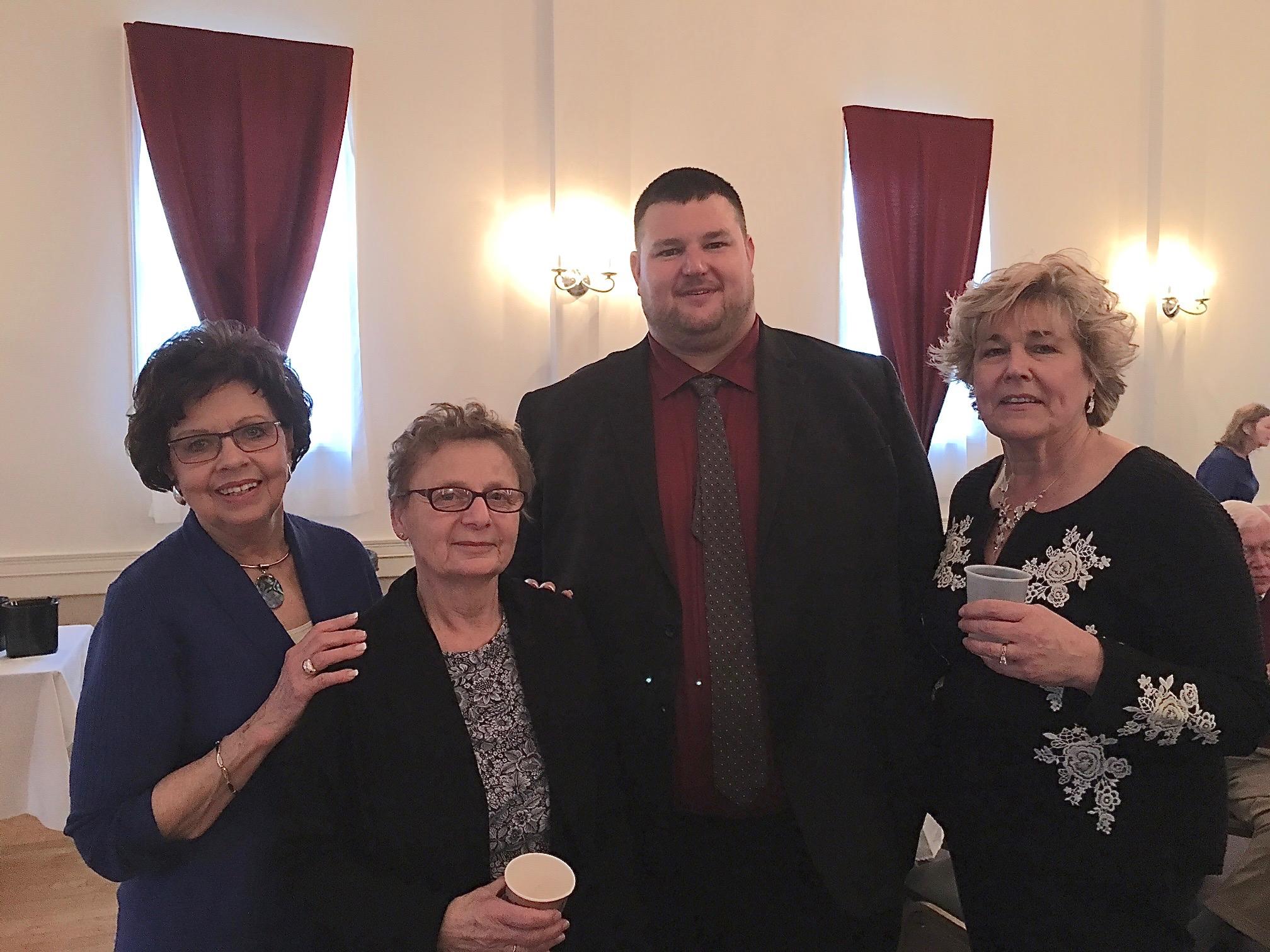 Kathy, Belinda, Carol's son, & Carol