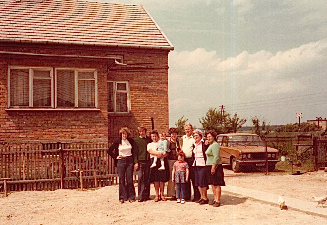 Lorraine, Zigmund, Jadwiga holding Ala, Eleanor, Irena, Genek, Mayme, & Aleksandra Majchrowska Bogdan( Piotr's(Peter's) wife)  in Rzemien, 1978, saying a sad goodbye.