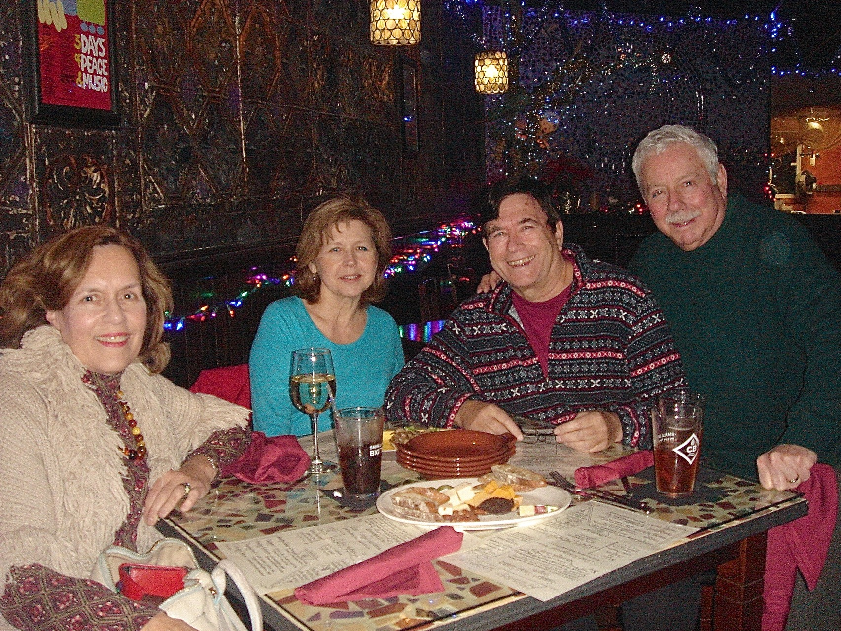 Lorraine, Barbara, John & Don at the Moondog Lounge, Auburn, NY 12-26-15