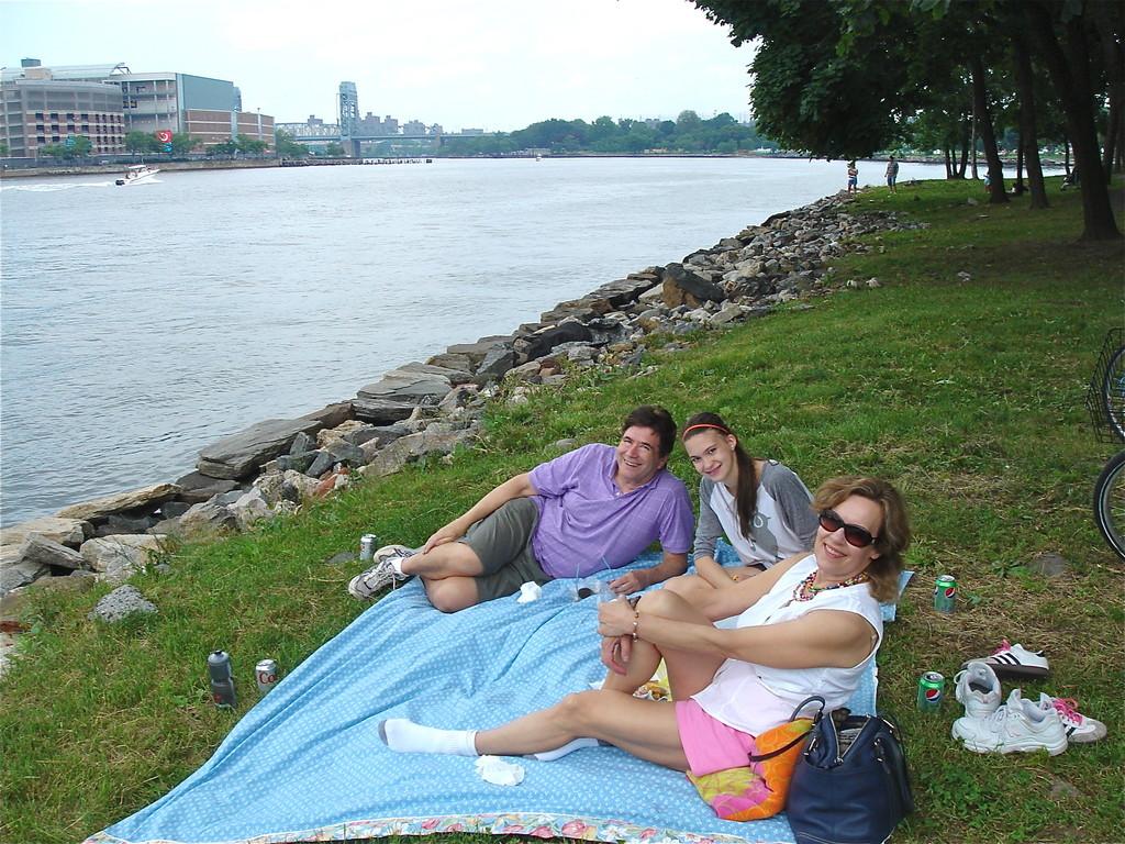 Picnic on Randall's Island John, Ellie, Lorraine