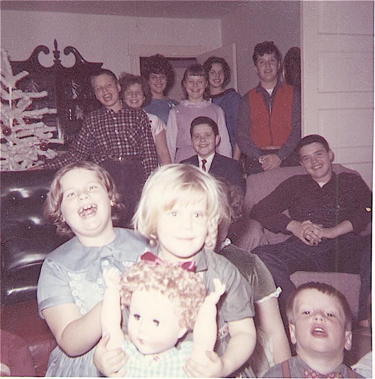 Jane, Carol, David?;Back:Tommy, Margaret, Paula,Patsy, Kathy,Mike; Bob, Bill