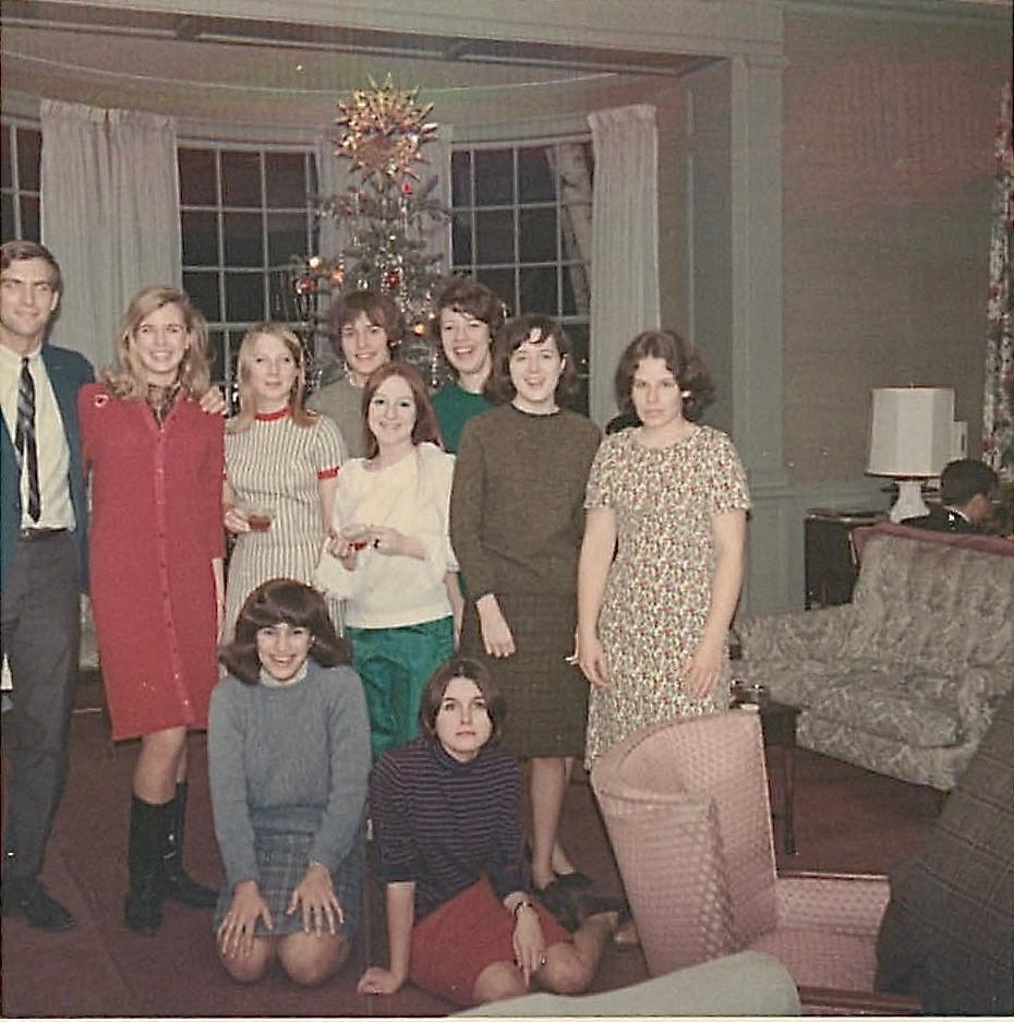 ?, Brooke, Melinda, Lorraine, Sherry, Betsy, Sue, Elizabeth..In front, Pam & Paula  Freshmen in 1967! Laura Scales House