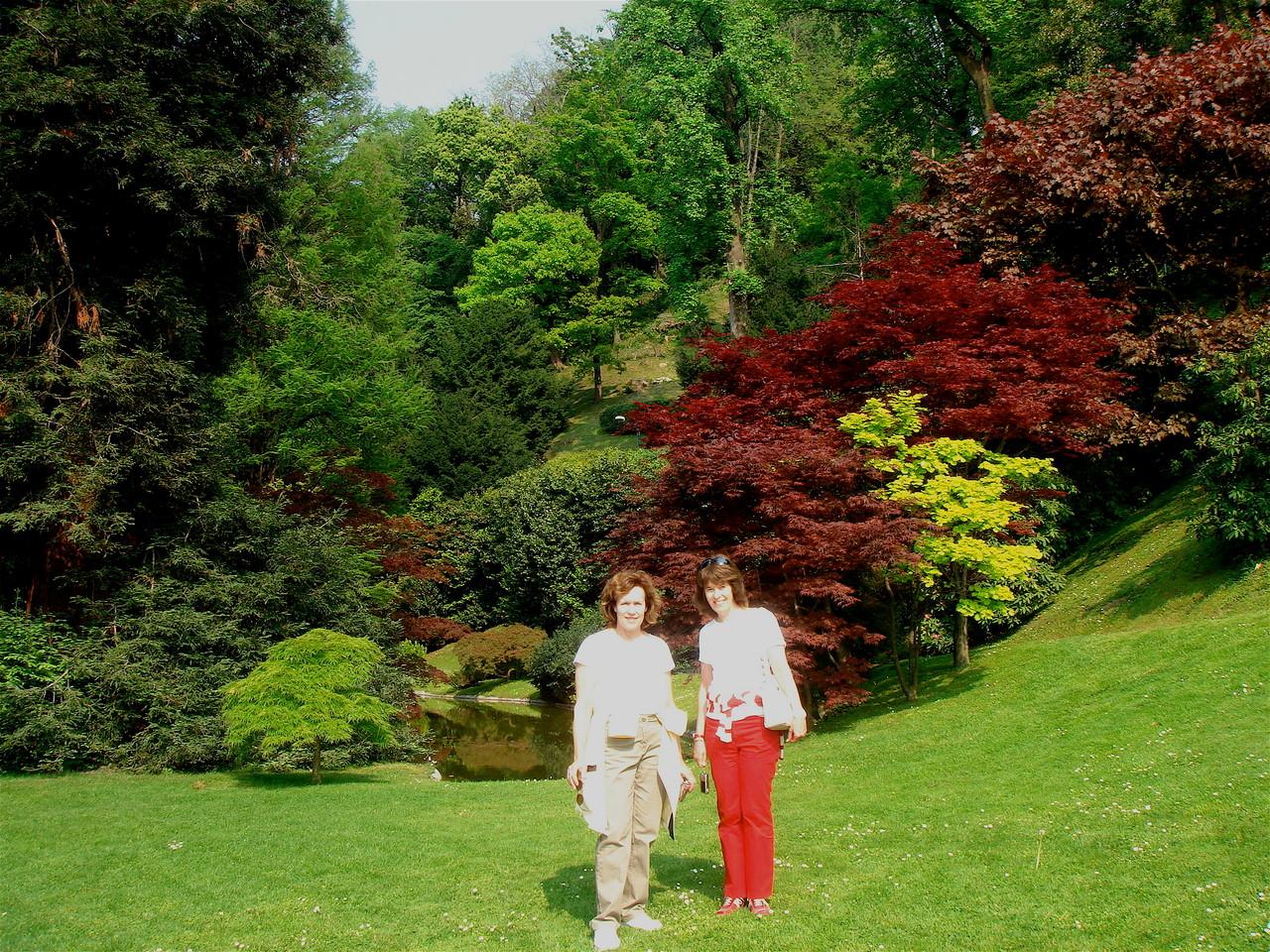 Lorraine & Nancy, Lake Cuomo, Italy, 2007