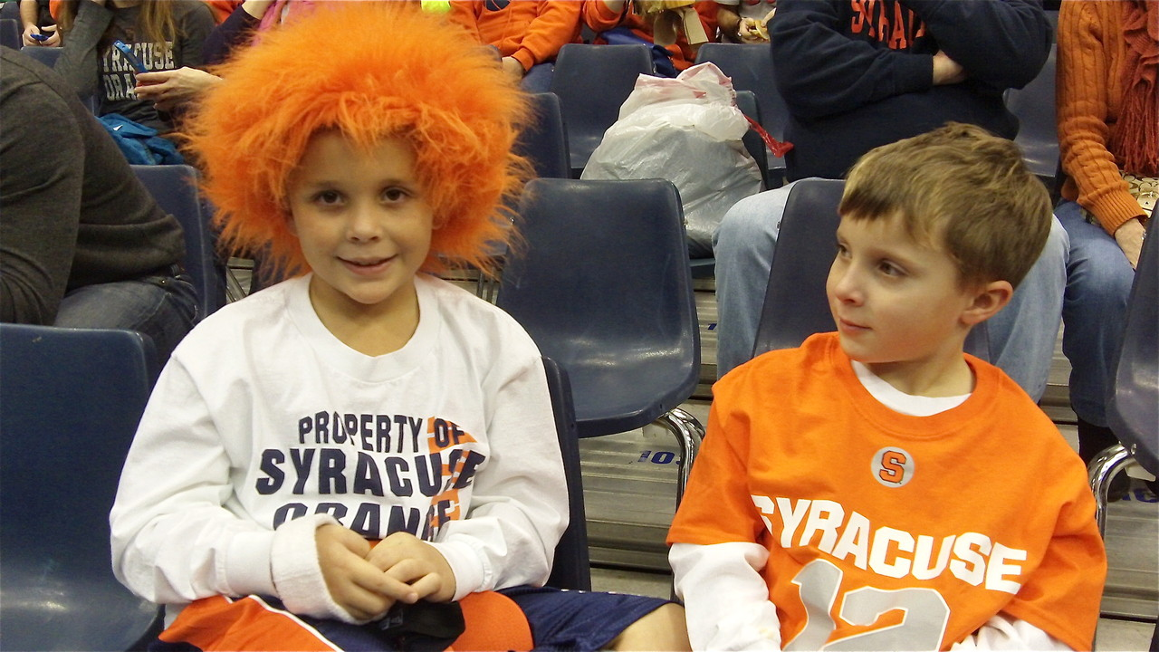 Fans at the SU-Villanova basketball game.