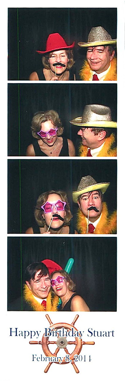 Lorraine & John have fun in the photo booth!