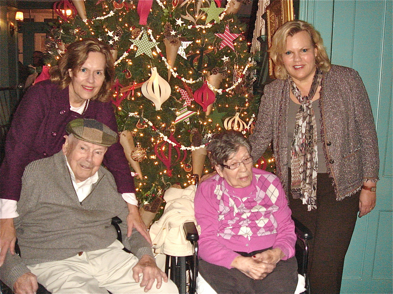 Lorraine & Celeste with parents Al & El, Thanksgiving, 2012.