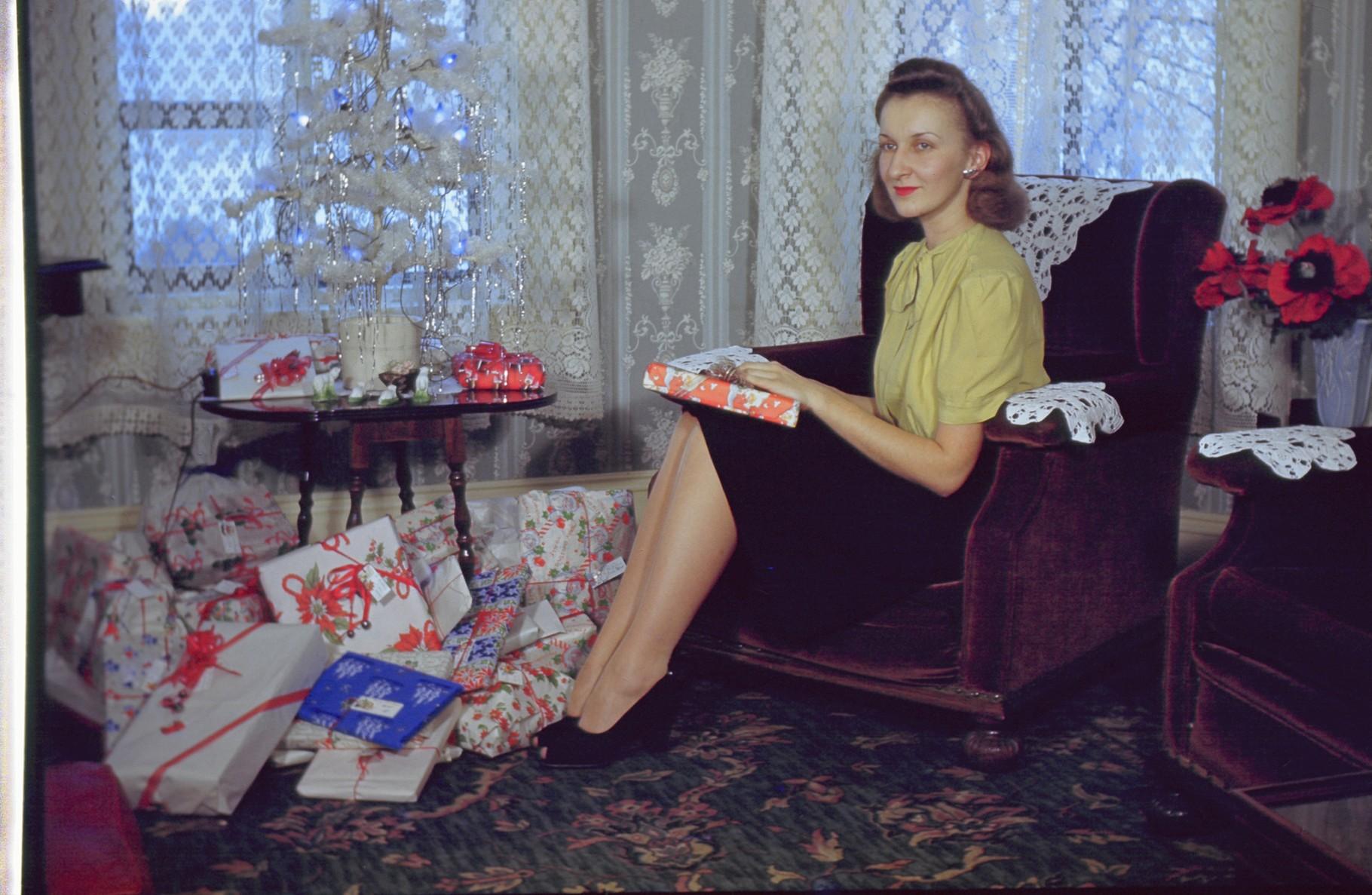 Helen Seraichakas, 1940s? Xmas
