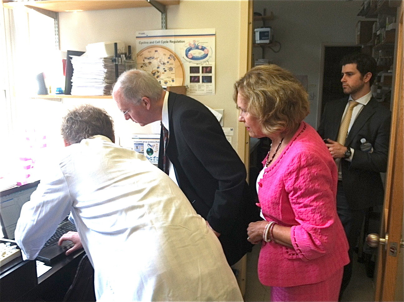 Dr. Laursen, Congressman Foster, & Dr. Gudas discuss CRISP/Cas9 technology