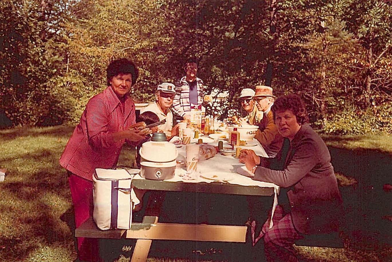 Helen Bednarski, Al Gudas, Mayme, Stanley Baldyga, Andy Bednarski, Eleanor Gudas 1976 Tuscarora Lake