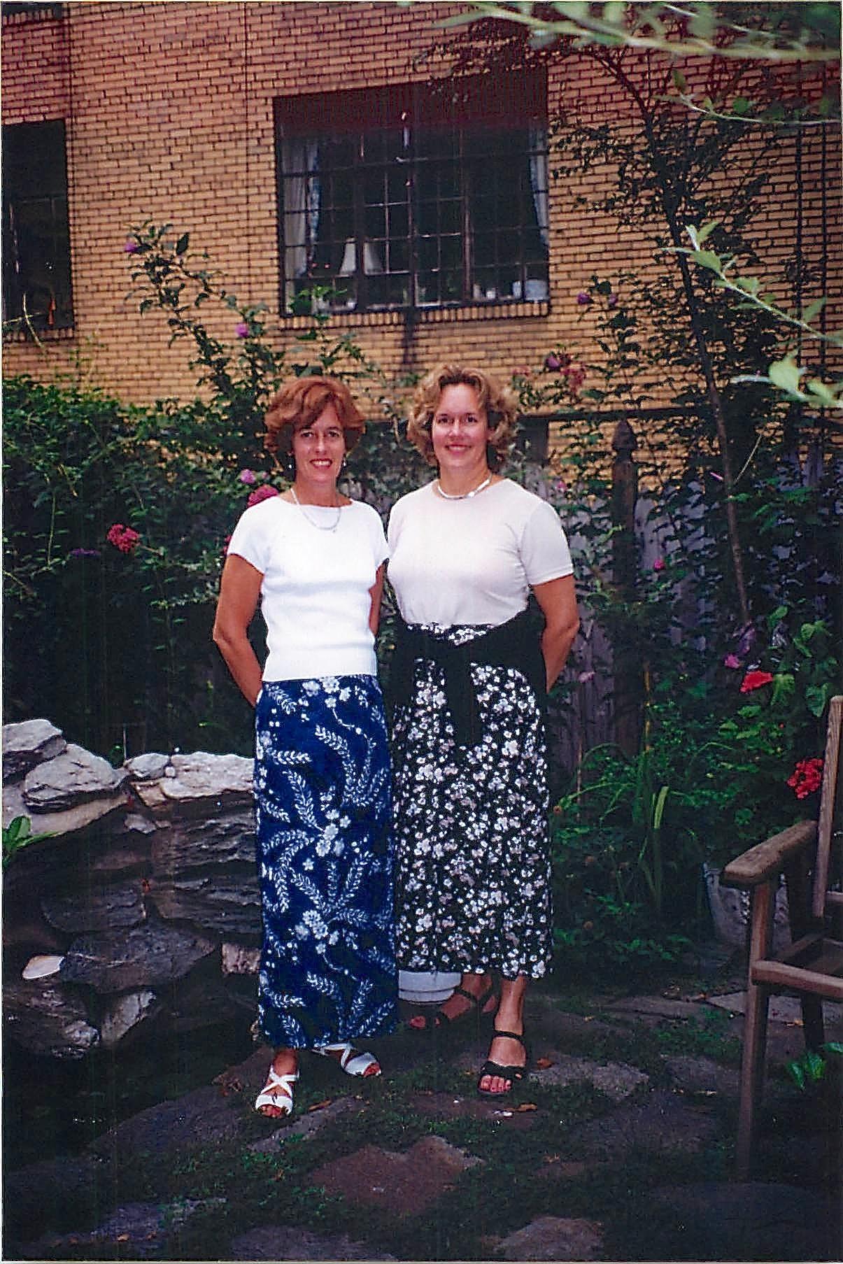 Nancy Hynes, Lorraine Gudas 1998 NYC