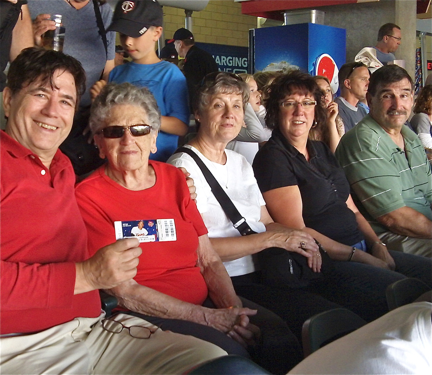 John, Mary Lou, Cindy, Jill & Paul Wagner, Mary Lou's Party Weekend! at the Twins game