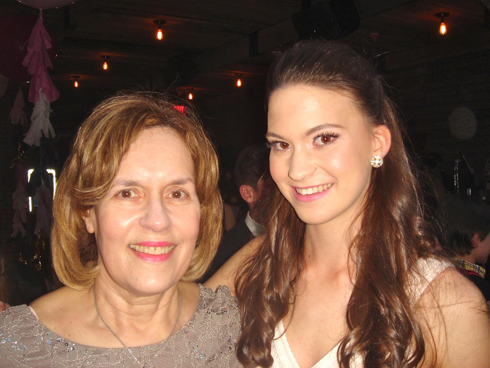 Lorraine & her niece Ellie