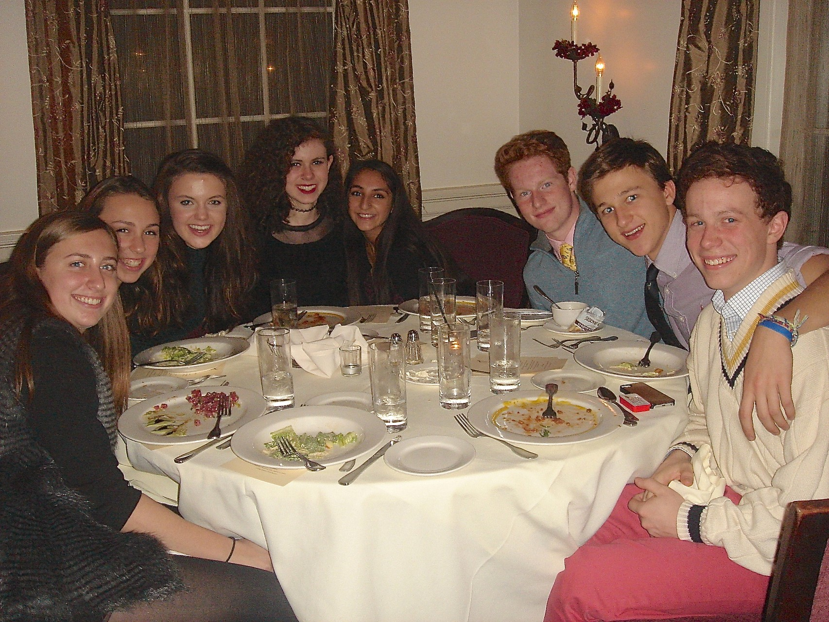 Emma, Gabby, Kate, Erin, Noah's girlfriend, Noah, Jack and Liam Kagel