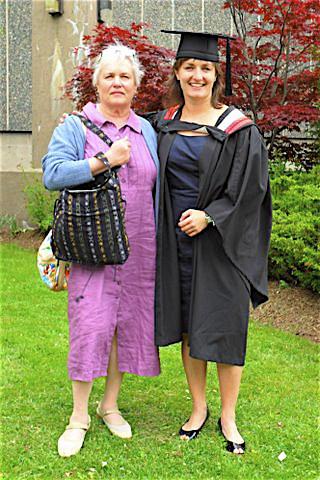 Mayme's daughter Susan & her daughter Wendy, ~2005