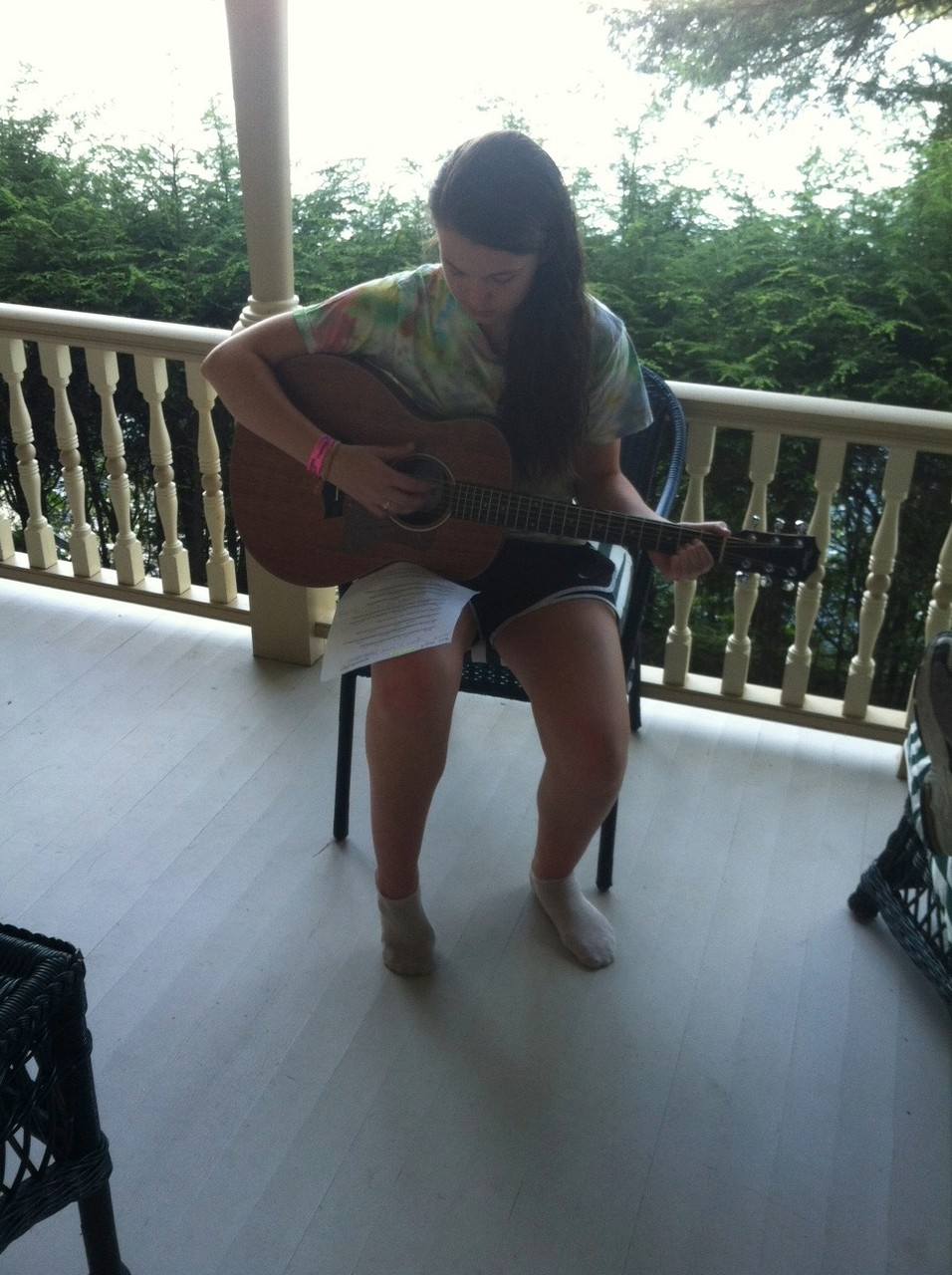 Kate plays the guitar, Skaneateles, Aug. 2015