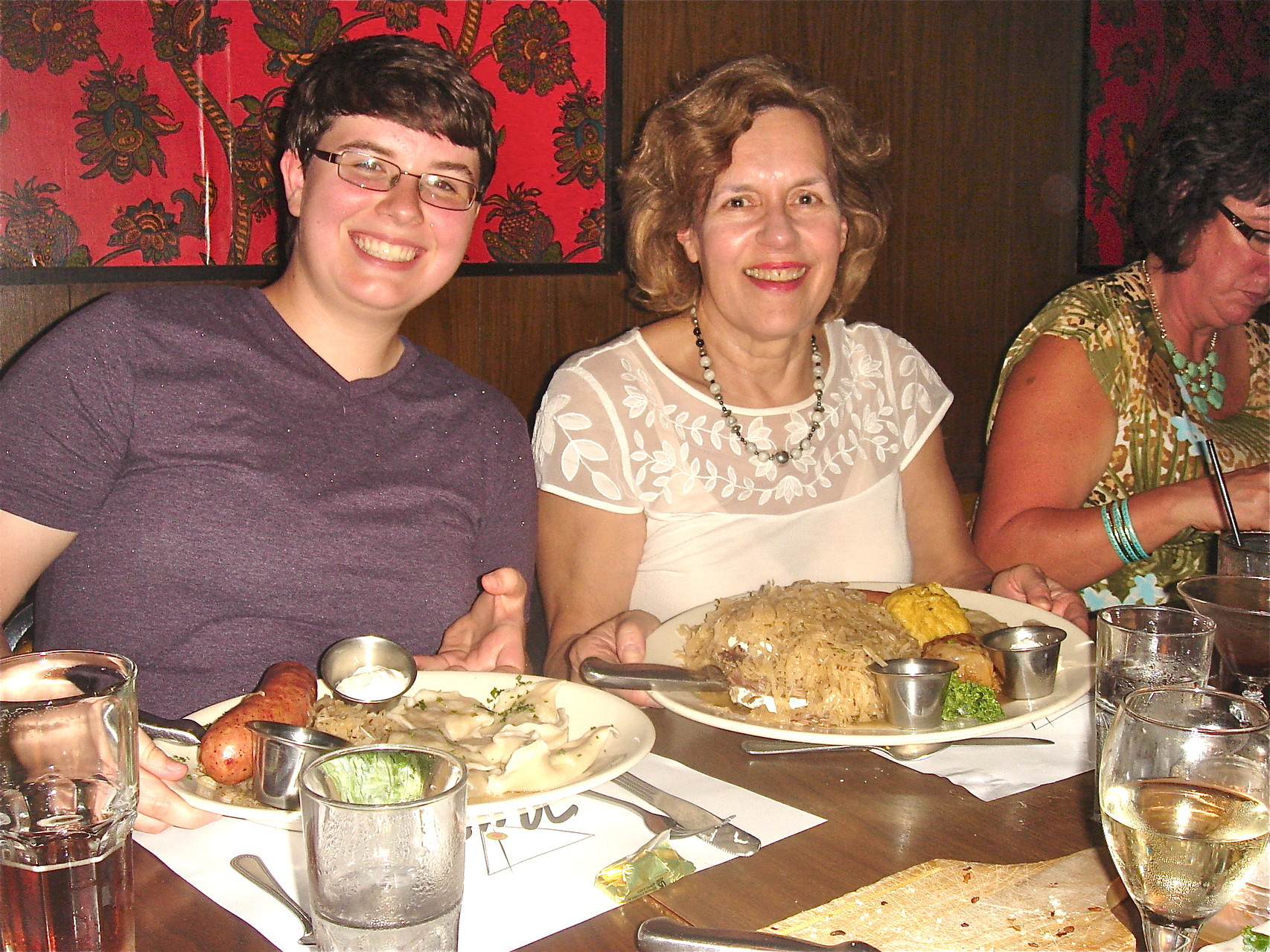 Emilea & Lorraine show of their LARGE portions.