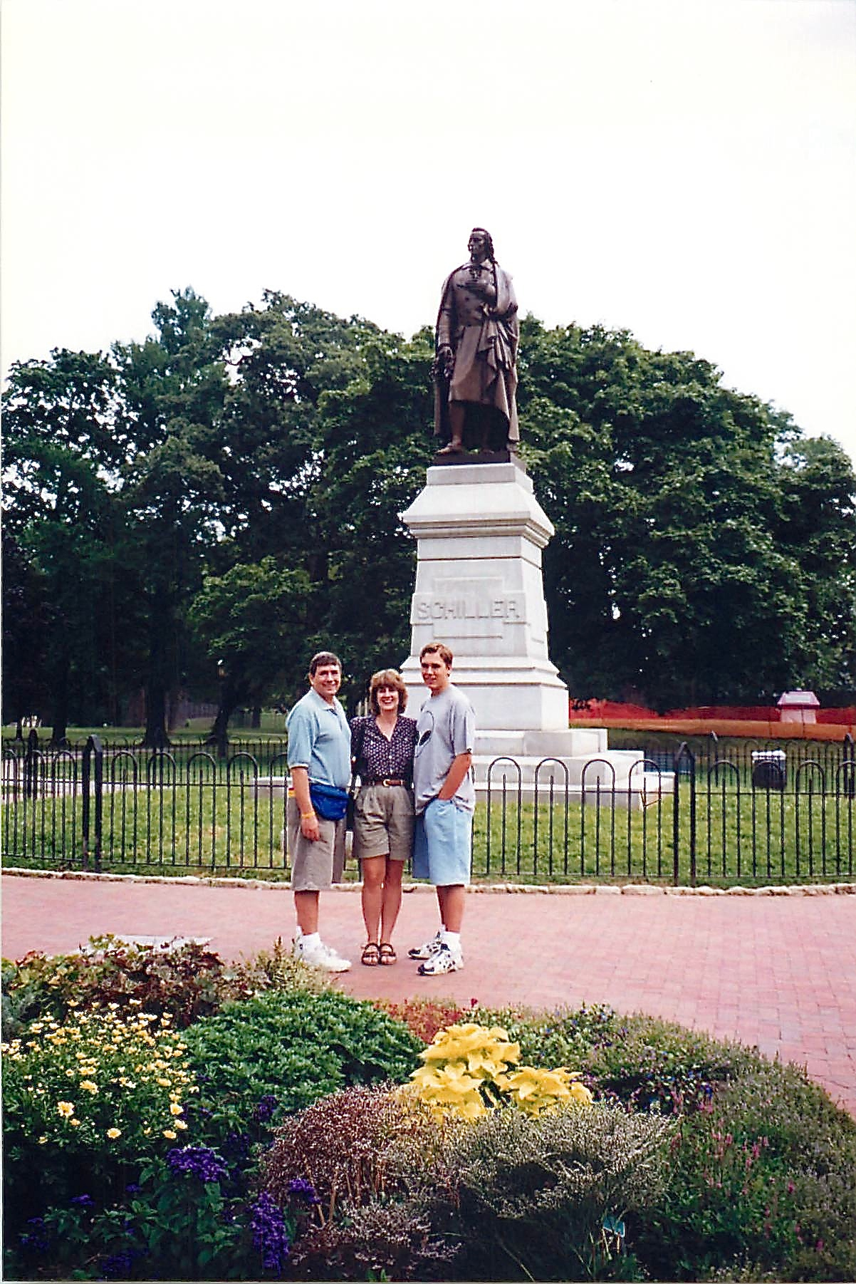 John, Sandra, Greg W. 1998 Columbus, Ohio