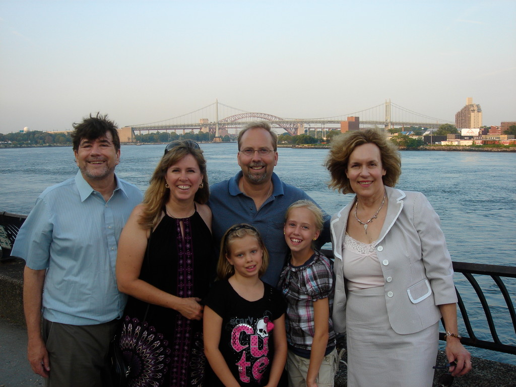 John, Lisa, Jerry, Lorraine, Brianna & Brooke in NYC 2011? Carl Shurz Park