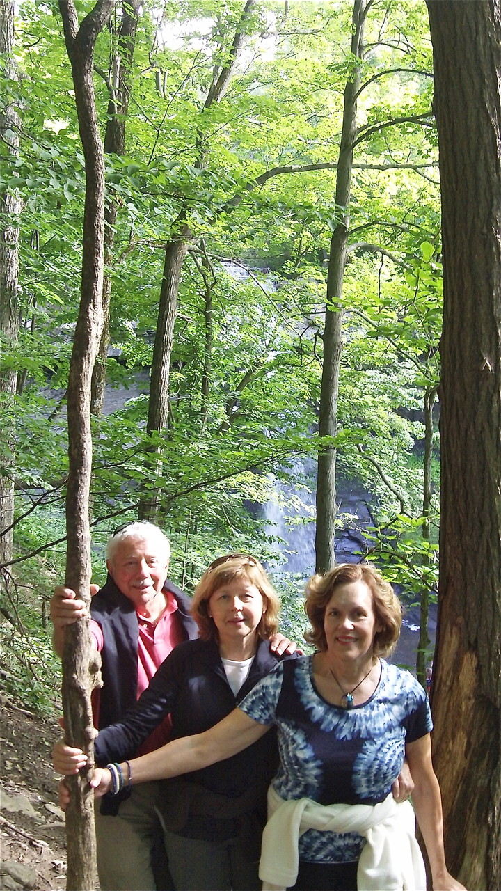 At the Falls, Don, Barbara & Lorraine Gudas