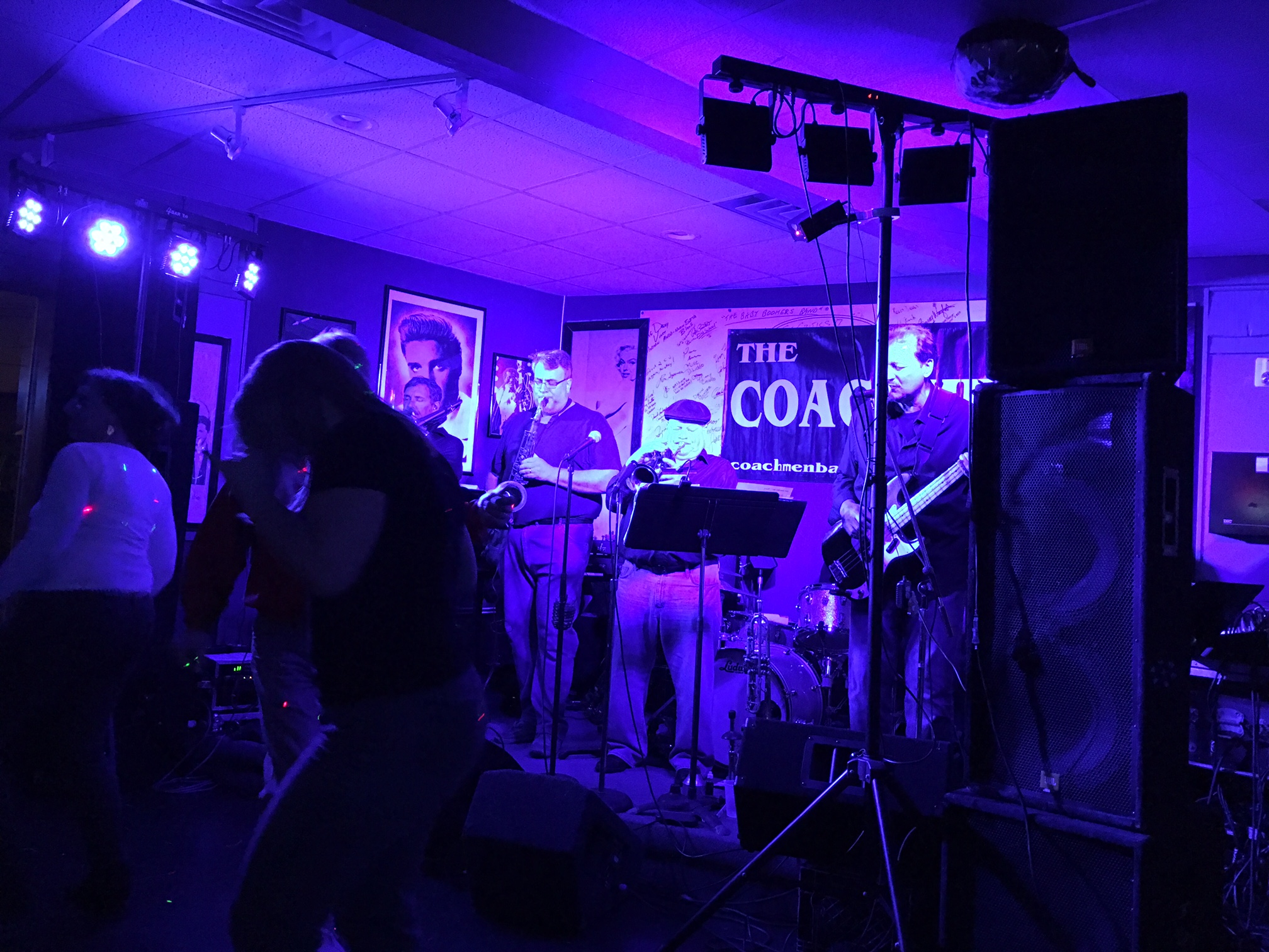 Venetti's Soft Rock Grill, 2026 Teall Ave, Syracuse, the Coachmen!  a great venue, Nov. 2016